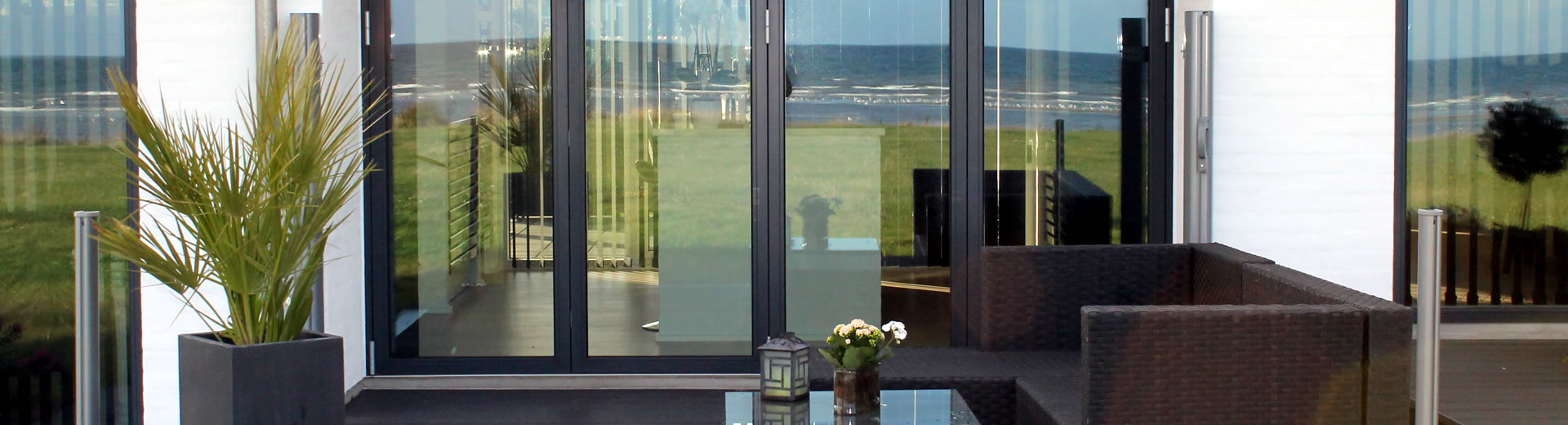 Aluminium double glazing doors