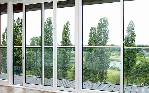 External slim sightlines patio doors